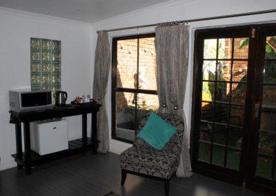 Fynbos-Lounge-2-guest-house-house-on-york