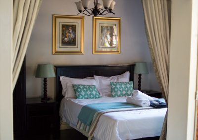 Fynbos-bedroom-3-guest-house-house-on-york