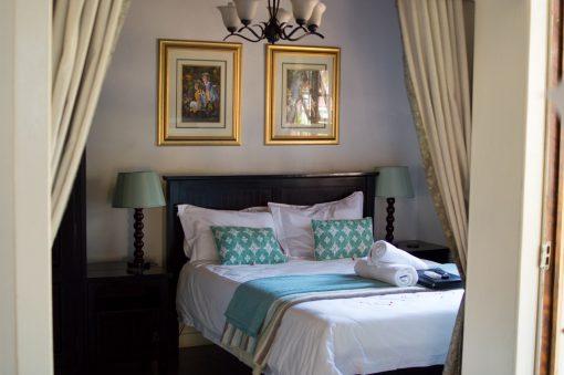Fynbos-bedroom-3-guest-house-house-on-york