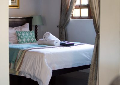 Fynbos-bedroom2-guest-house-house-on-york