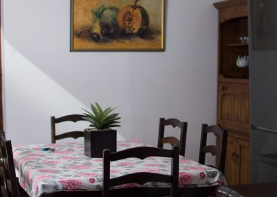 Jacanranda-kitchen-2-house-accommodation-house-on-york