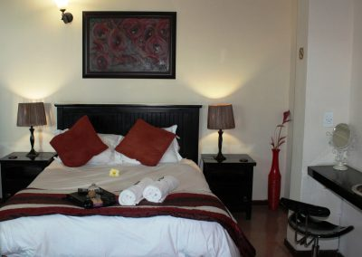 Protea-Bedroom-2-bed-breakfast-accommodation-house-on-york