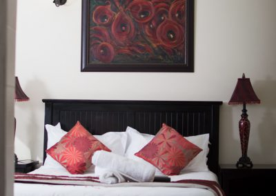 Protea-bedroom-bed-breakfast-accommodation-house-on-york