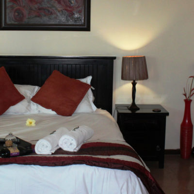 Protea-main-bed-breakfast-accommodation-house-on-york