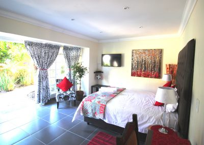 Queen-morning-hill-cottage-Bedroom-2