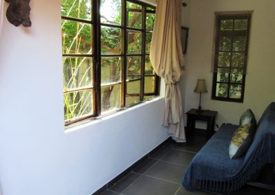 boabab-extra-room-Shower-house-on-york-bed-breakfast