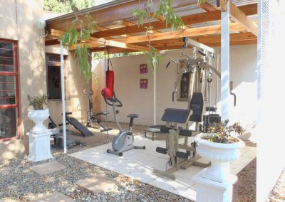 house-on-york-Outdoor-gym