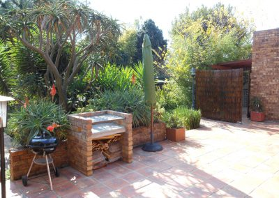 house-on-york-braai-area
