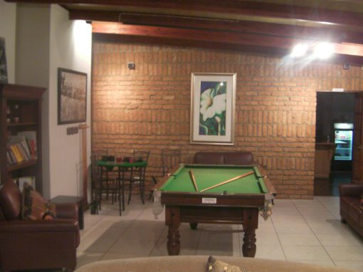 house-on-york-inside-pool-table-2